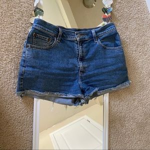 Levi's 550 relaxed fit high waisted jean shorts